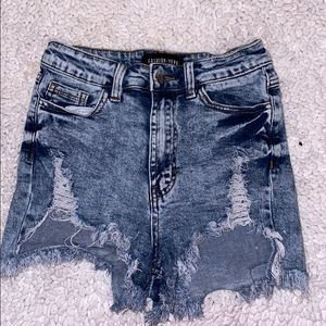 Fashion Nova High waisted acid wash shorts!